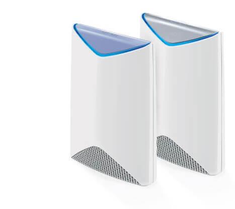 Orbi Pro (SRK60) 基本兩件一組覆蓋百坪空間, 還可以依環境需求 搭配各式訊號延伸衛星使用。