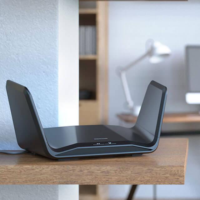 RAX70 AX6600 8串流 三頻 WiFi 6 智能路由器