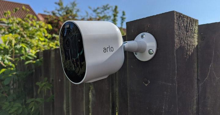 Arlo-Pro3 雲端無線攝影機